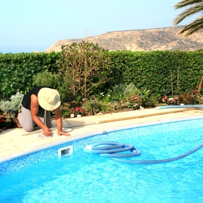 Cal pools swimming pool cleaning service in Sacramento