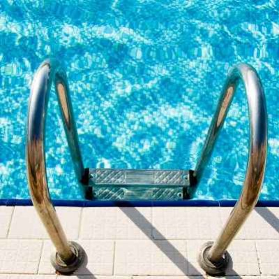 CAL Pools swimming pool tile cleaning in Sacramento